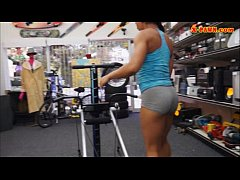 Ebony gym trainer sells her equipment and fucked by pawn man