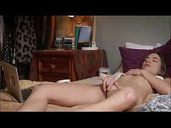 Young Babe Fiddles to Orgasm