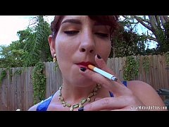 2 Sexy Smokers Bailey Paige Sarah Diavola