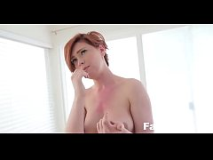 Step-Siblings Fuck While Parents are away| Famxxx.com