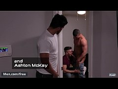 Men.com - Reverse Peeping Tom Part 3 - Trailer preview