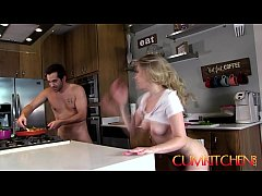 CUM KITCHEN: Sexy Blonde Teen Aubrey Sinclair gets Fucked while cooking Fajitas