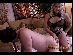 sdExtremely horny guy enjoys riding hard on a huge strap-on