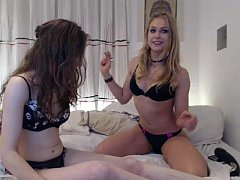 girl siswet19 playing on live webcam  - 6cam.biz