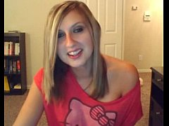 Cute girl on cam flash her tits @ xxxcamchickss...