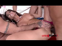 Intense Milf Syren De Mer rocks with the Big Cocks - 5on1 DAP