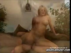 blonde suck and cum in mouth