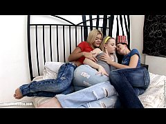 Sizzling Threesome by Sapphic Erotica - Ivanka Inna and Dani hot threesome lesbi