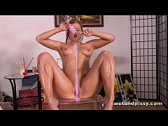 Wetandpissy - Playful pissing for sexy blonde Chrissy Fox