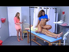 Brazzers - Kelsi Monroe gets a full physical