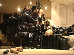 HD Roxina2010BondageandLatex240510XXL.WMV