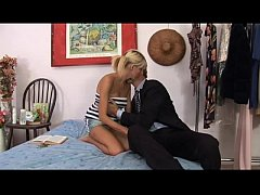 caring dad reproaches a hot teen before banging her