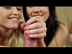 hand job by two sexy girl