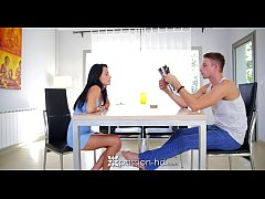 Passion-HD - Babe Lexi Dona is looking for her man's attention