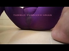 Asian Filipina Squirting in my Yoga pants