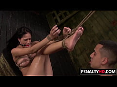 Fetish BDSM Action For Teen Jasmine Caro