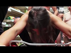 Julie Skyhigh Supermarkt GangBang (Tube)