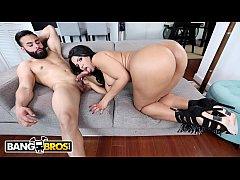 BANGBROS - Sexy Latina Rose Monroe Bounces Her Big Ass On Derrick Ferrari's Cock