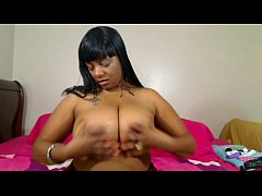 Sexy ebony with big tits cam