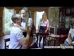 Brazzers - Sexy School girl Emma Leigh gets fucked