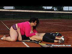 Real plumper queening her tennis trainer