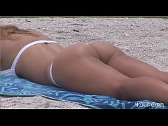 YouPorn - Amanzing Blonde poses for photos on the beach DreamGirls