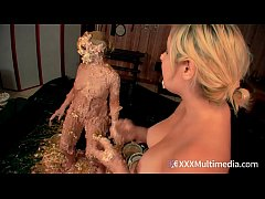 whitney and fifi foxx star in this hott naked cream bath wam