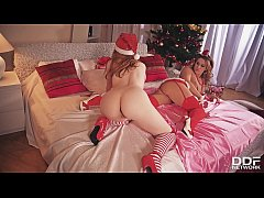 Redhead Twins Athina & Ella Hughes Stuff Their Pussies With Double Dong