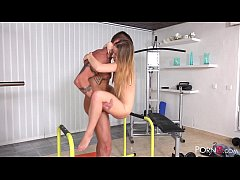 HD Gym Sex with Flexible Babe