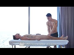 GayRoom Slippery massage fuck with flexible hunks
