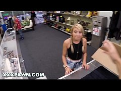 XXXPAWN - This Desperate Chick Tried To Sell Her Dogs At A Pawn Store, WTF