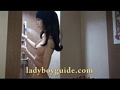Japanese Ladyboy In Live TV Wank