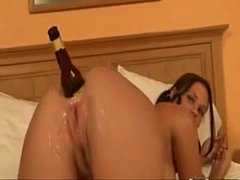 Girl anal masturbate with bottle and swatter - SWEETGIRLCAM.COM