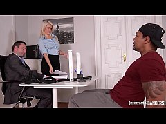 Interracial bangers eXXXtreme fuck scene makes detective Layla Price squirt