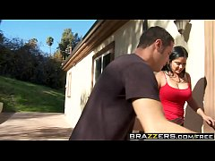 Brazzers - Mommy Got Boobs -  Boob Snoop scene starring Sophia Lomeli and Danny Mountain