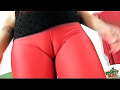 Perfect DEEP CAMELTOE Babe In TIGHT SPANDEX LEGGINGS