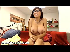 MIA KHALIFA - Big Tits Arab Pornstar Sensation Private Camster Camshow