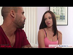 Brunette hottie Jada Stevens gets facialized