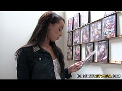 HD Teanna Trump Gets Creampied At A Glory Hole