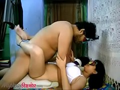 Chubby slut savita bhabhi likes it when he s rough