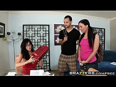 Brazzers - Mommy Got Boobs - (Diana Prince)(Manuel Ferrara) - My Mom The Hooker