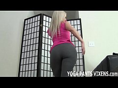 Download as 3gp - These yoga pants hug my shaved pussy so tight JOI