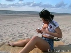 Crystel Leis pissing on public beach