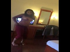 Deshi Girl Hot nude dance show for client in hotel
