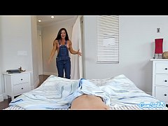 MILF Step-mom in cutoff overalls bangs her step-son and demands a creampie