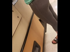 Phat Ass White girl in leggings candid