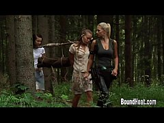 Clip sex Two Young Girls With A Slave Huntress In New Home