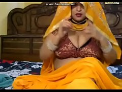 Busty Indian BBW Woman Webcam