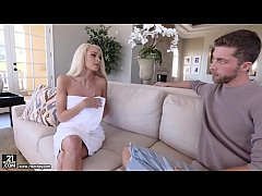 Ex wife extremely lonely and horny - Emma Hix and Dylan Snow