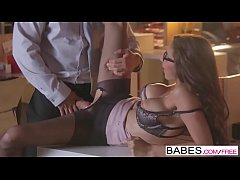 Babes - Office Obsession - (Chad White) and (Nina North) - A Run In Her Stocking